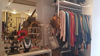 Vente de vêtements pour femme à Tournai